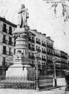 Estatua de Arguelles