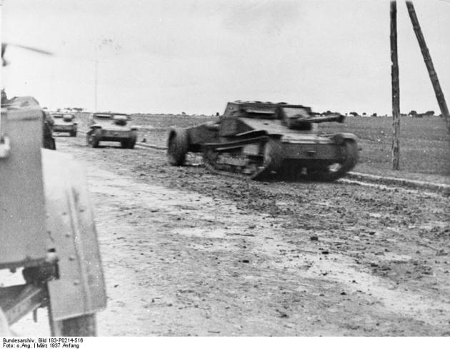 Avance de tanquetas italianas del CTV durante la batalla de Guadalajara