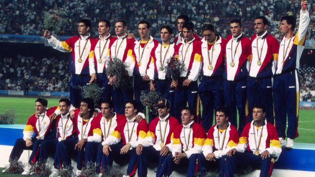 Equipo-futbol-seleccion-espanola-Barcelona_TINIMA20130318_0313_18
