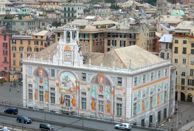 Genova_-_Palazzo_San_Giorgio_visto_dal_Bigo