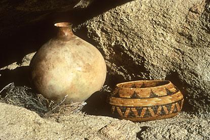 Una olla y un cesto, testimonios del paso de indios americanos por la zona del parque nacional