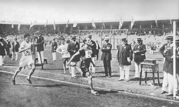 Olympic-Lewis-Tewanima-Hopi-in-the-10000-meter-race-1912-Olympic-Games-Stockholm-Sweden.
